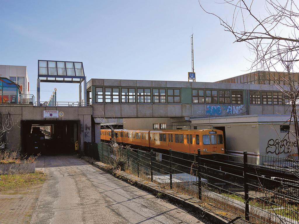 SubwayKaulsdorf_1080#270524_bearb